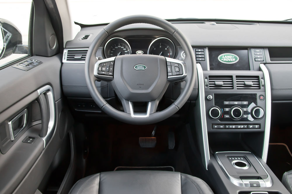 Land-Rover-Discovery-Sport-salpicadero