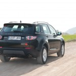 Land-Rover-Discovery-Sport-trasera-dinamica
