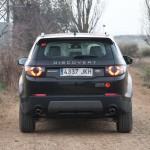 Land-Rover-Discovery-Sport-trasera-total