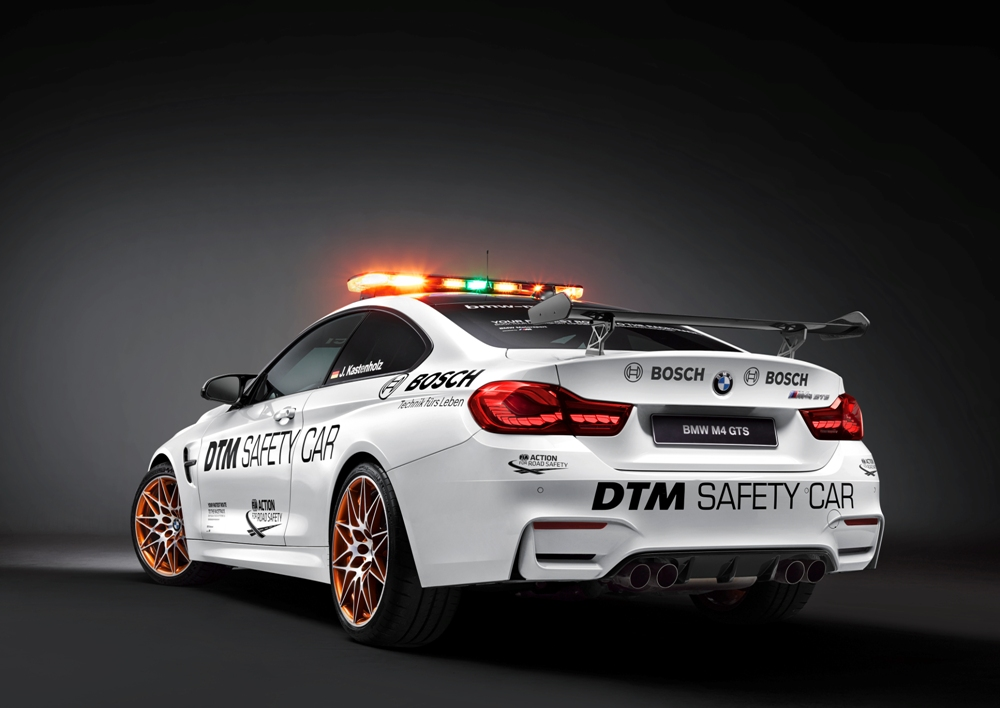 BMW M4 GTS DTM Safety Car 2016 (2)