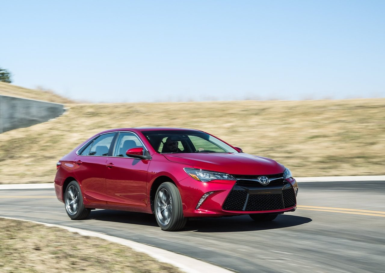 10-mejores-coches-2016-consumer-reports-toyota-camry