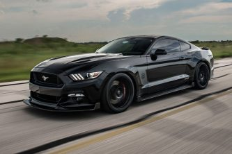 Ford Mustang HPE800 25 Aniversario (2)