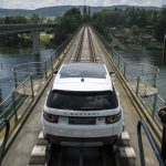 Land Rover Discovery Sport remolca tren (11)