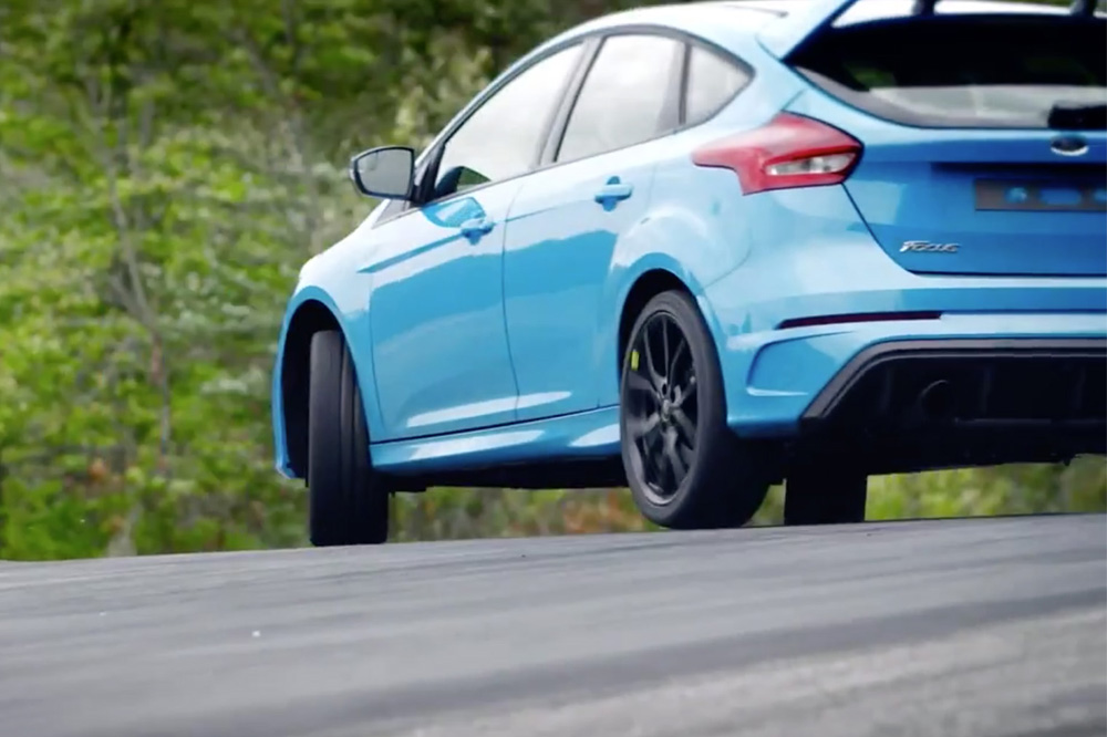 drift mode ford focus rs (9)