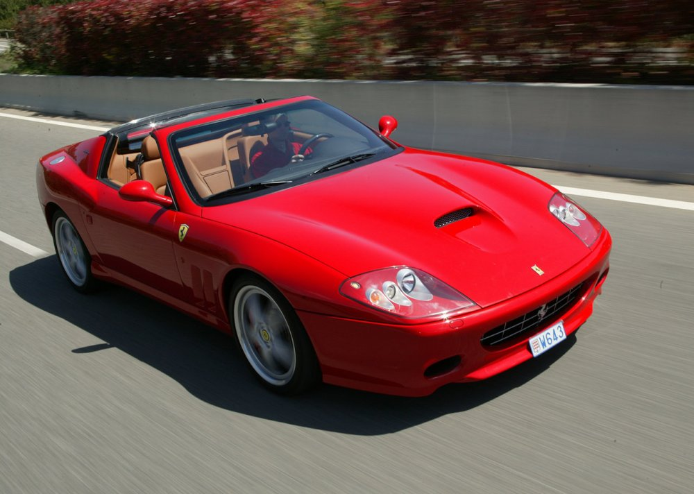 ferrari-v12-roadster-ultimas-dos-decadas-575M-superamerica (2)