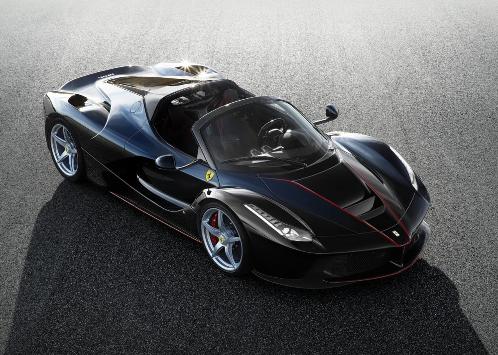 ferrari-v12-roadster-ultimas-dos-decadas-laferrari-spider (1)