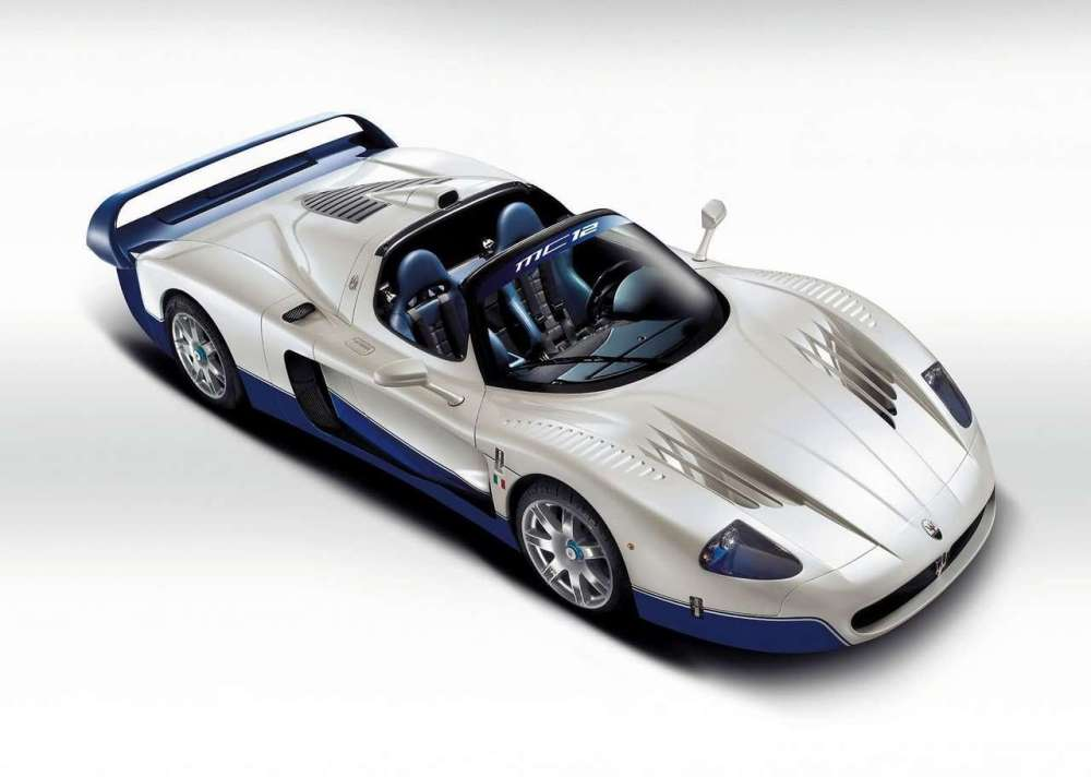 ferrari-v12-roadster-ultimas-dos-decadas-maserati-mc12 (2)