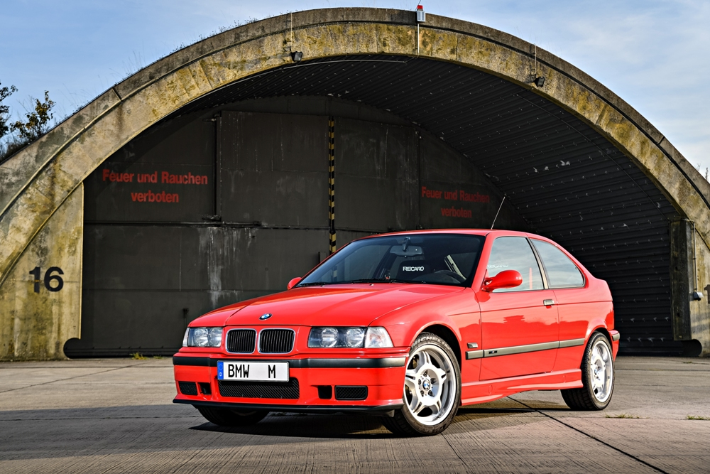 bmw-m3-compact-1