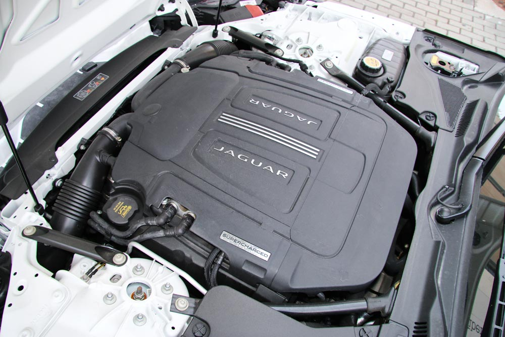 motor Jaguar F-Type Convertible 3.0 V6