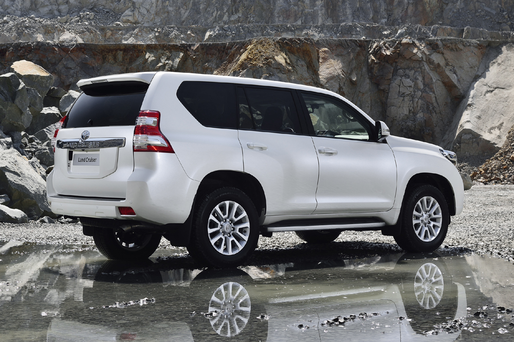 toyota-land-cruiser-2017-zaga