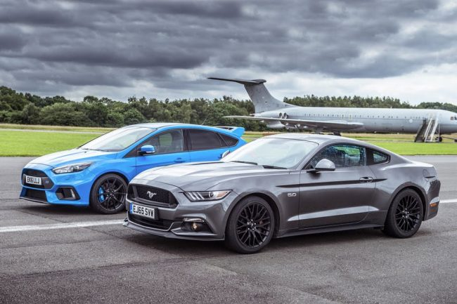 Ford Focus RS vs Ford Mustang GT