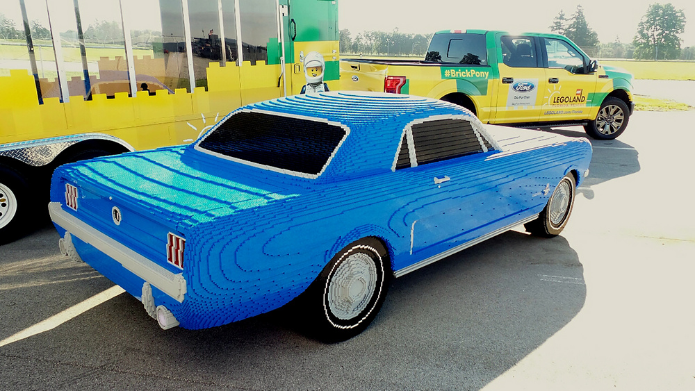 ford-mustang-lego-escala-real-7