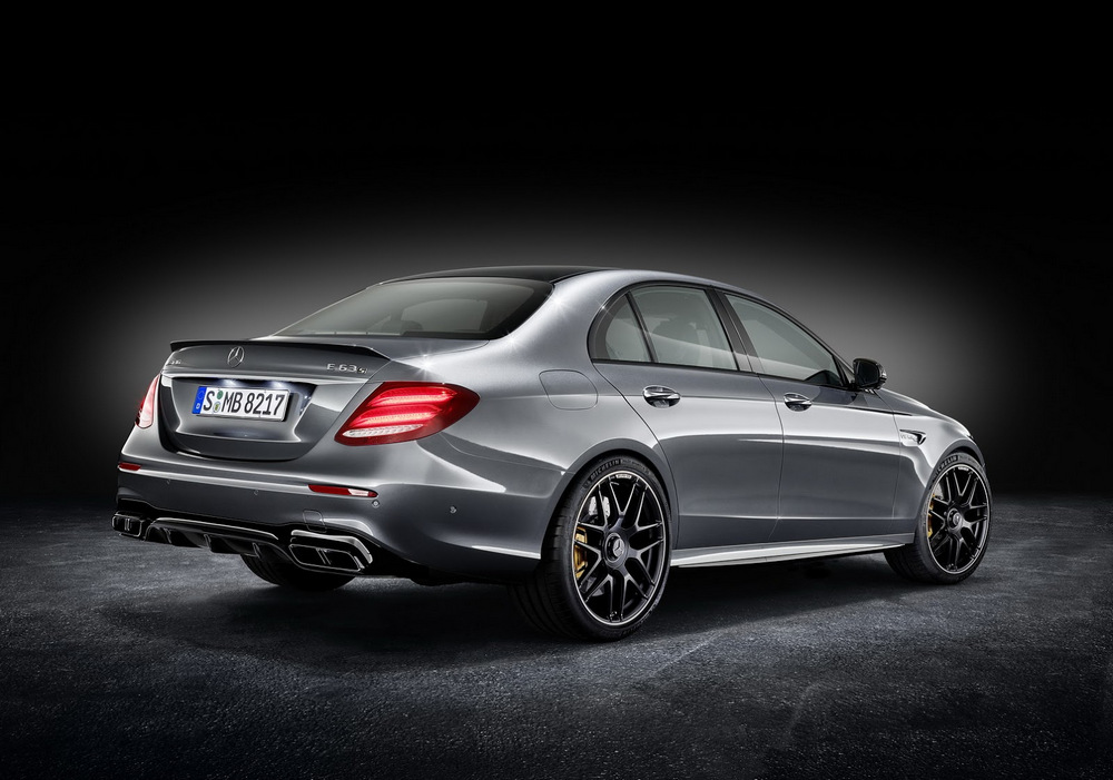 mercedes-amg-e-63-4matic-2017-10
