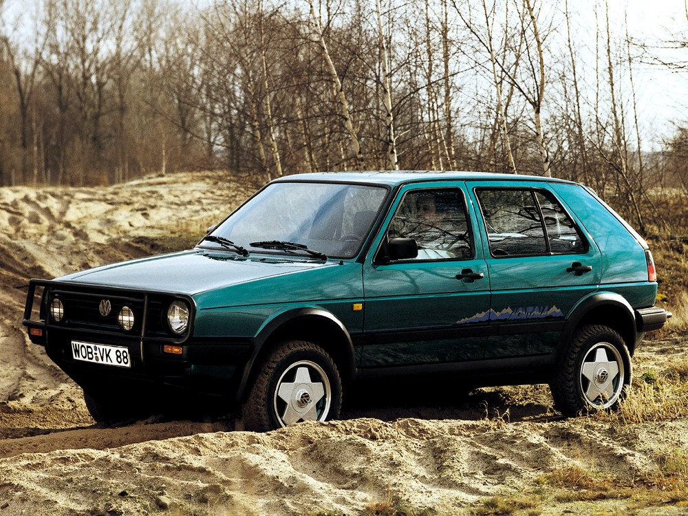 volkswagen-golf-country
