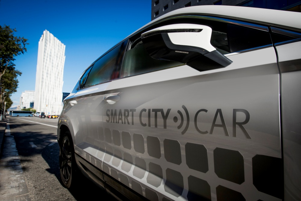 seat-ateca-smart-city-car-2