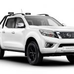 Nissan Navara Trek-1º en el color Pearlescent White