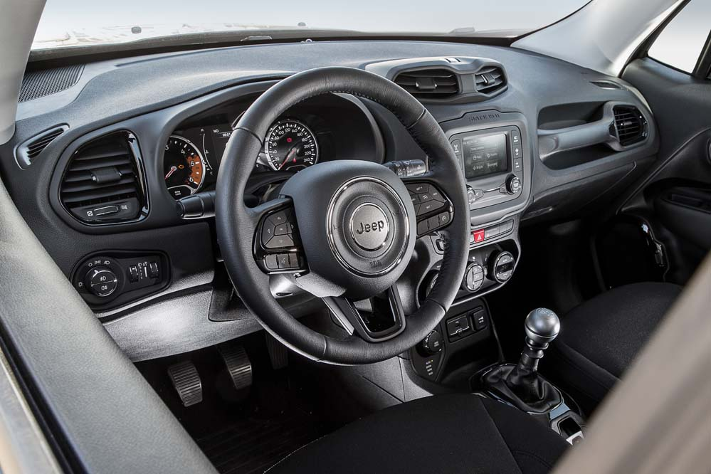 interior Jeep Renegade Night Eagle II 1.6 Multijet 120 CV 4×2