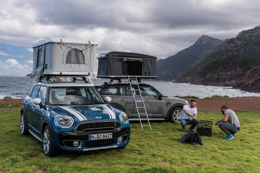 MINI Countryman airtop