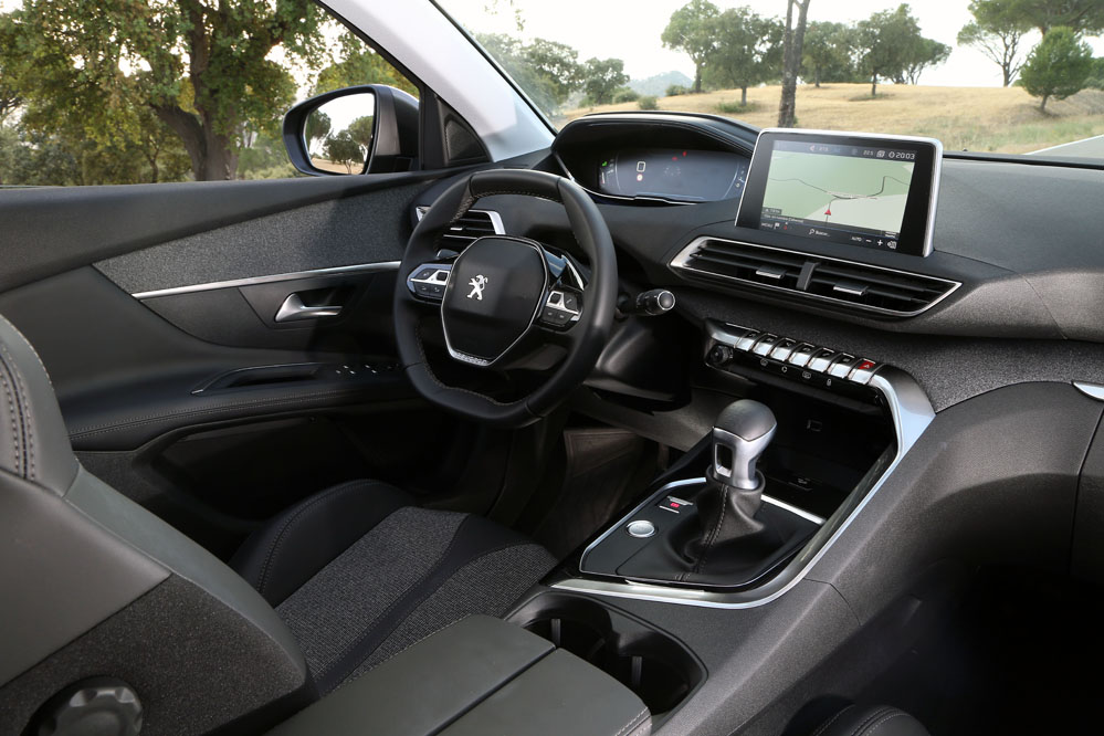 Peugeot i-Cockpit digital Peugeot 3008 2017