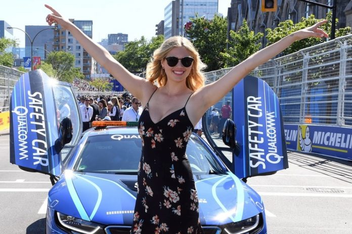 Kate Upton BMW i8 Safety Car Formula E