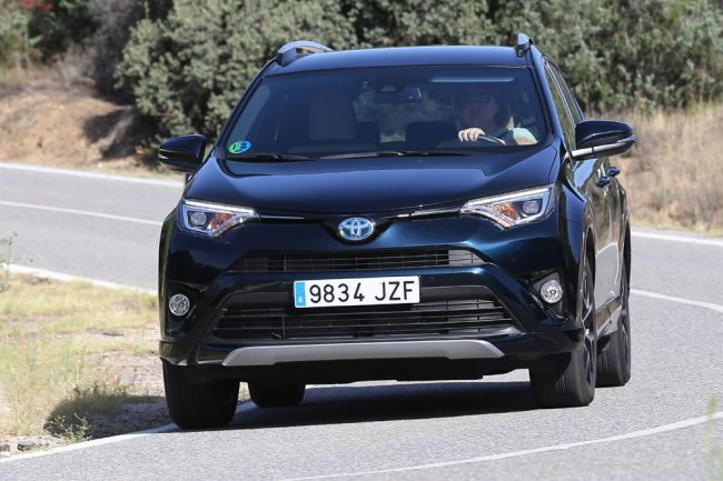 prueba toyota rav4 hybrid 2017 feel edition periodismo del motor. Black Bedroom Furniture Sets. Home Design Ideas