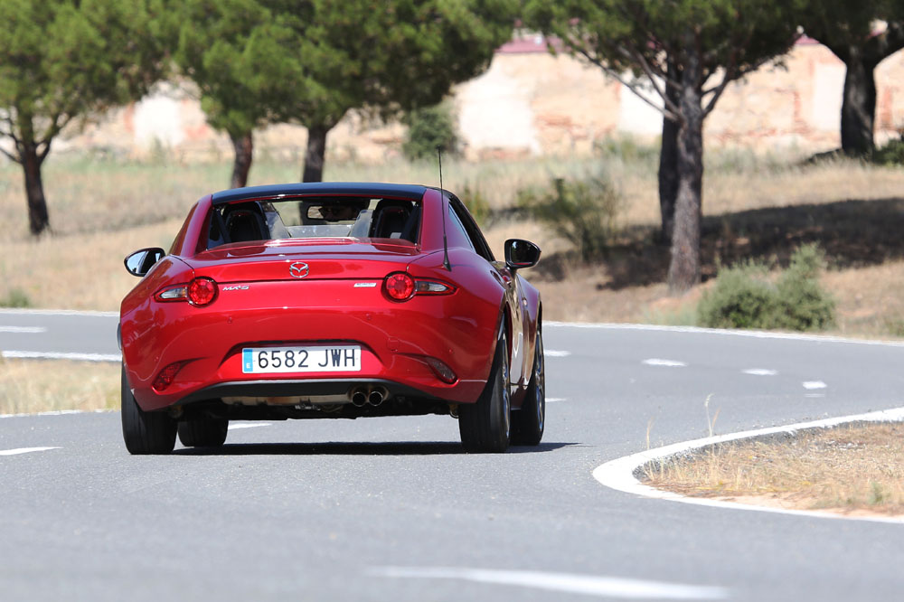 Prueba Mazda MX-5 Retractable Fastback