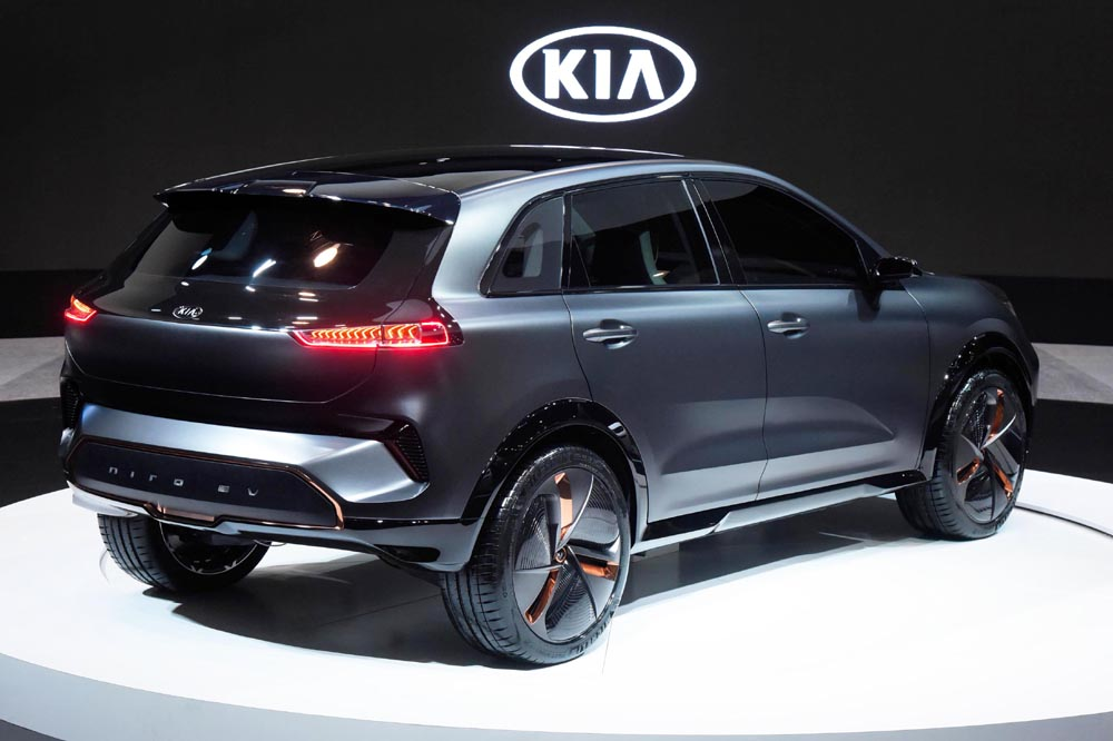 el kia niro ev debuta con hasta 380 km de autonom a periodismo del motor. Black Bedroom Furniture Sets. Home Design Ideas