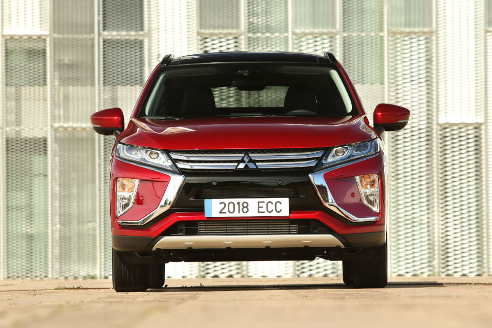 Mitsubishi Eclipse Cross frontal