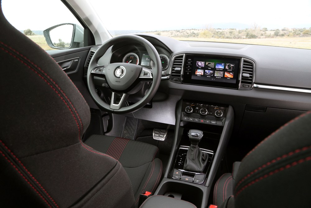prueba skoda karoq 1 5 tsi 150 cv dsg periodismo del motor. Black Bedroom Furniture Sets. Home Design Ideas