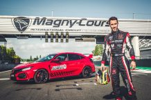 Honda Civic Type R récord Magny-Cours