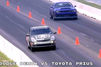 toyota-prius-vs-dodge-challenger-srt-demon