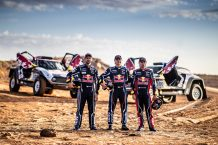 Carlos Sainz, Stéphane Peterhansel y Cyril Despres MINI Dakar 2019
