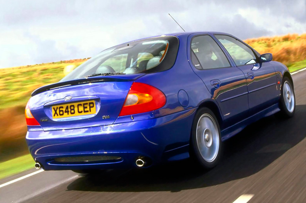 Ford Mondeo ST200 Trasera