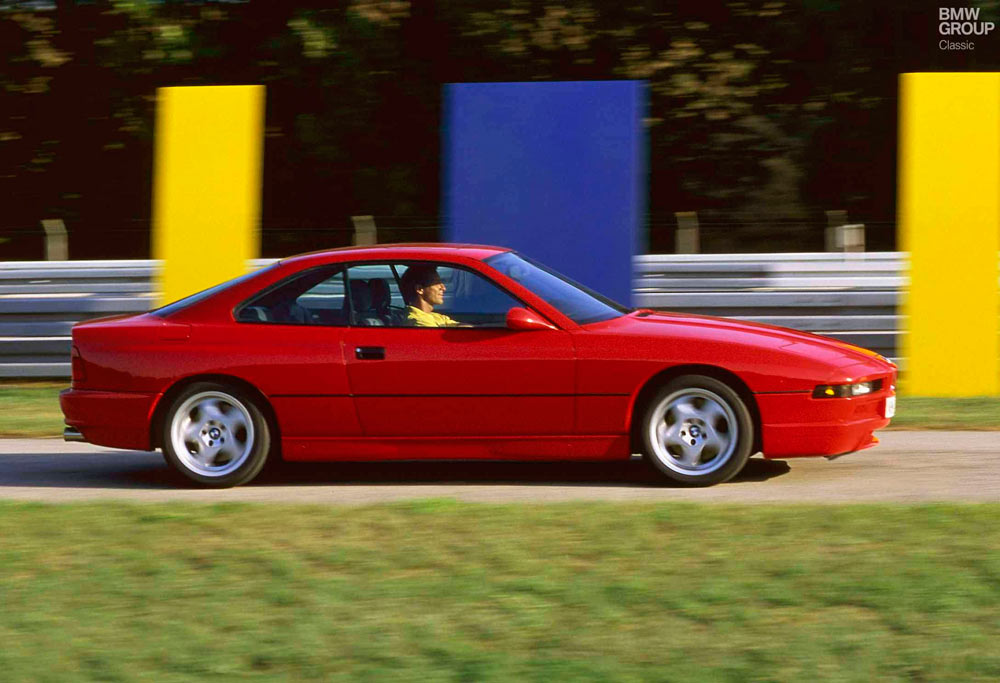 BMW 850 CSI lateral