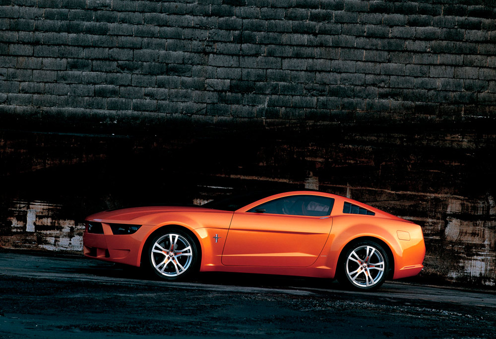 Ford Mustang Giugiaro Concept lateral