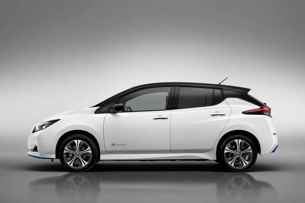 Nissan Leaf e+ lateral
