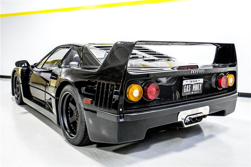 Ferrari F40 de Gas Monkey Garage trasera