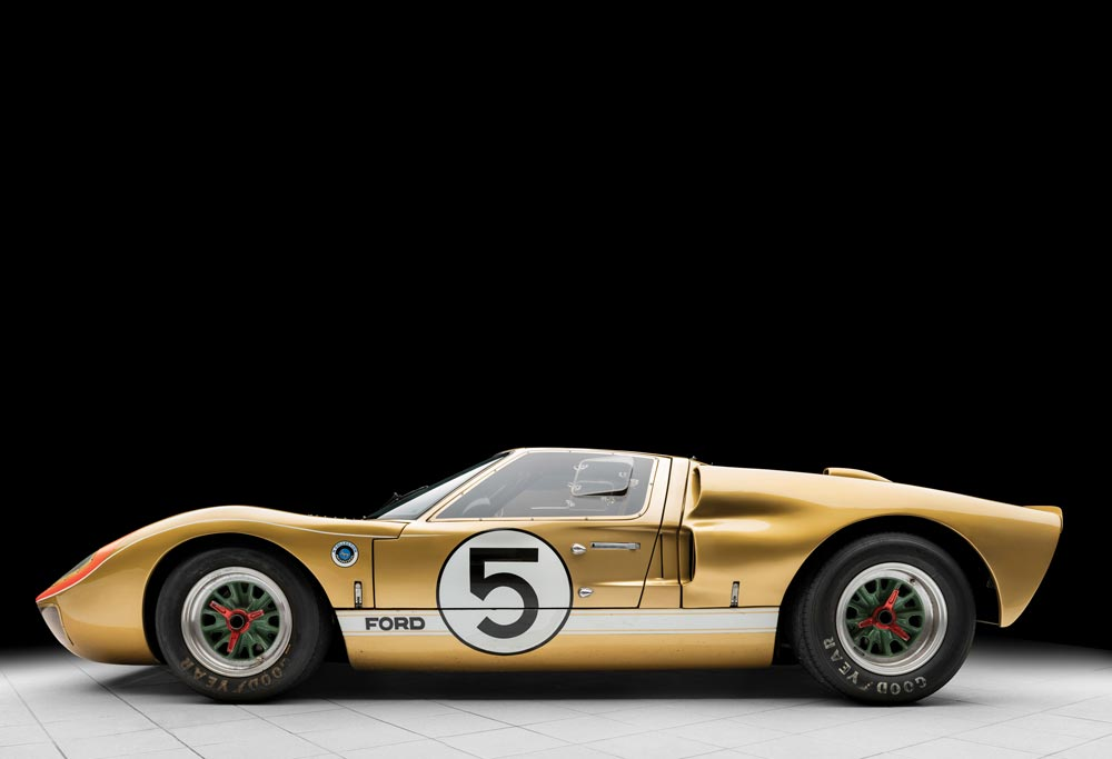 Ford GT40 lateral