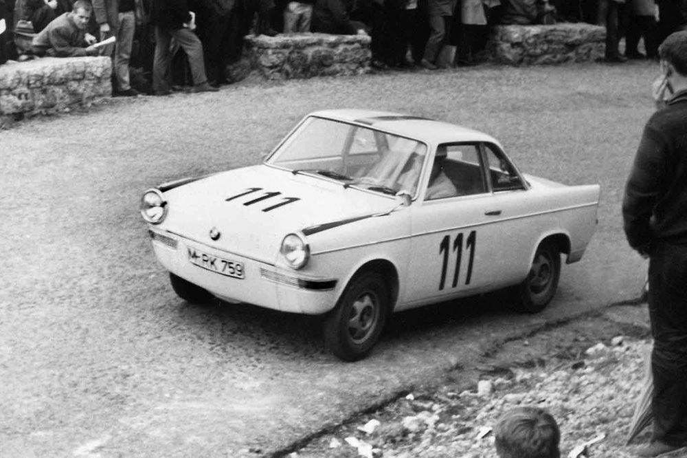 bmw 700 coupé competición