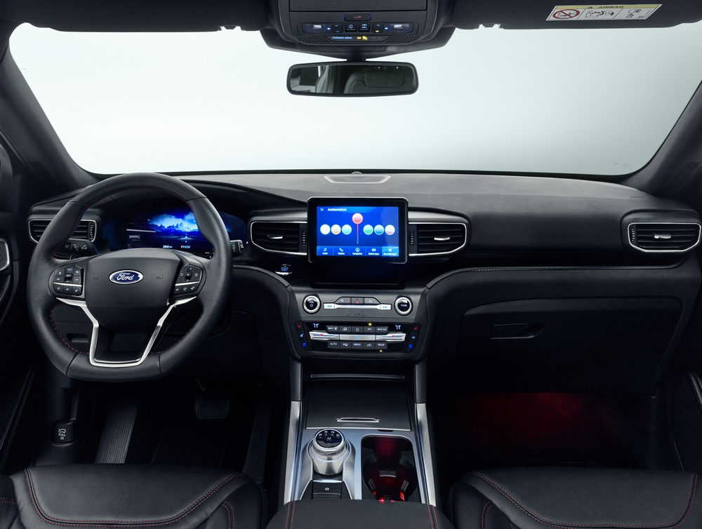 Ford Explorer Plug-In Hybrid interior