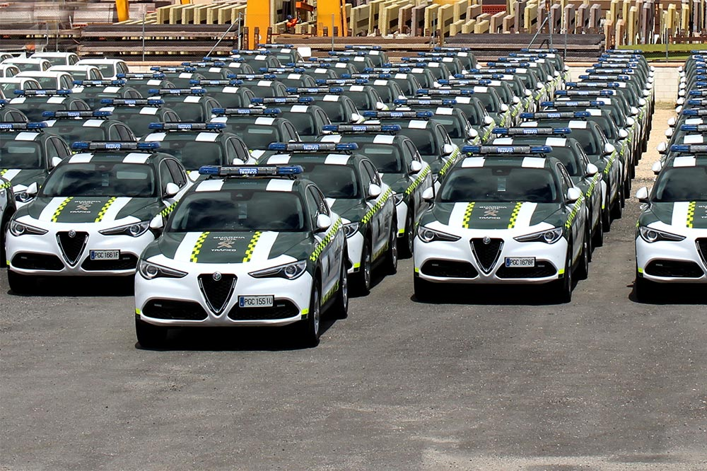 alfa romeo de la guardia civil
