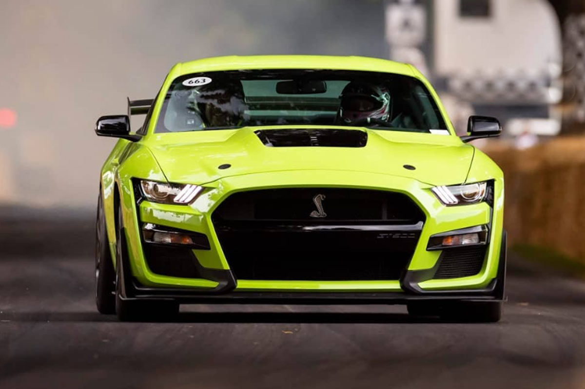 Video El Ford Mustang Shelby Gt500 2020 Sale A Pasear En Goodwood Periodismo Del Motor