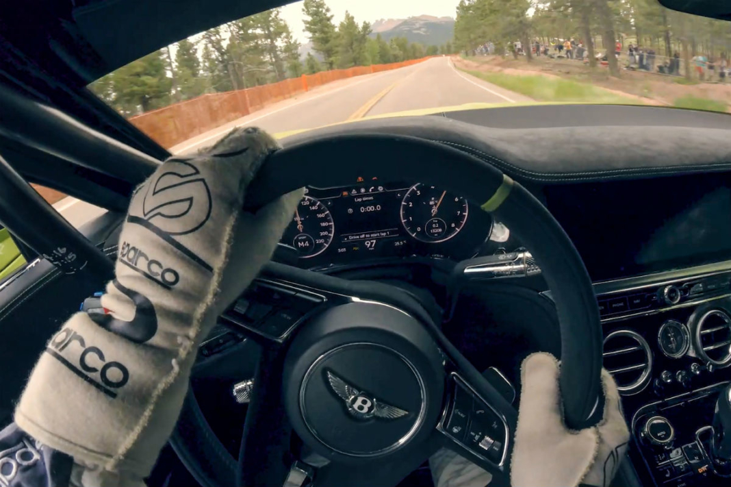 Pikes Peak en el Bentley Continental GT