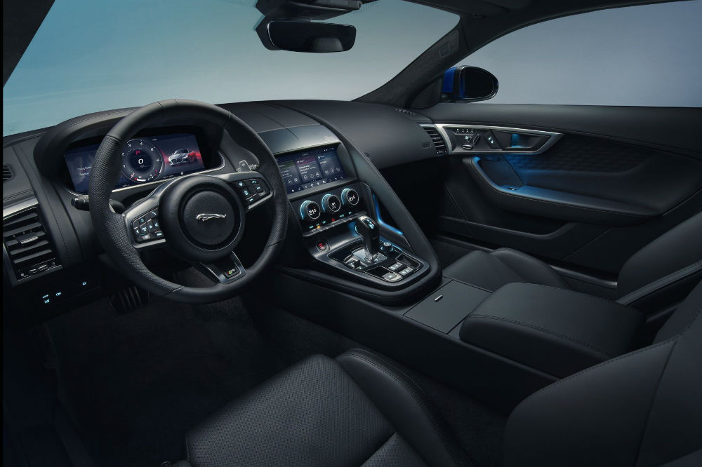 interior del Jaguar F-Type 2020