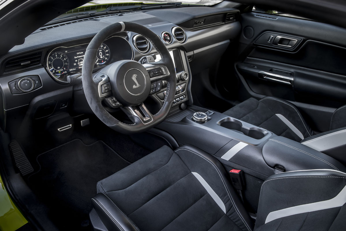 interior del Ford Mustang Shelby GT500 2020