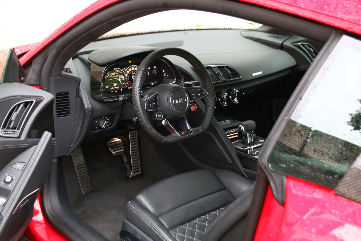 Interior del Audi R8 Coupé V10 performance