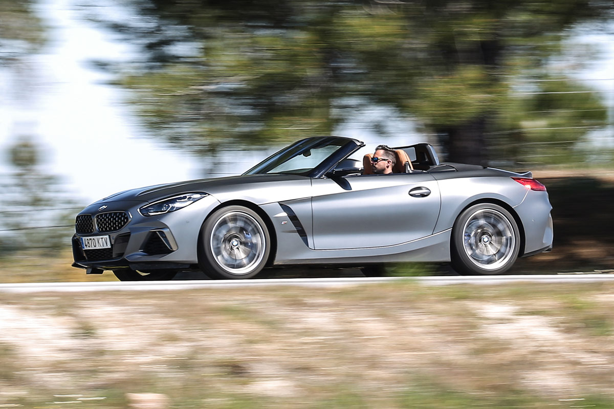 BMW Z4 M40i lateral