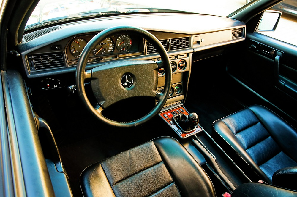 subasta Mercedes 190E 2.5-16 Evolution II interior