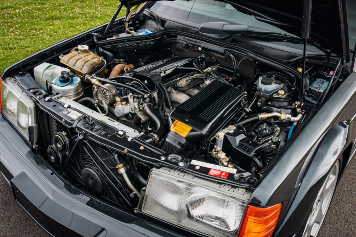 subasta mercedes 190e 2.5-16 evolution II motor