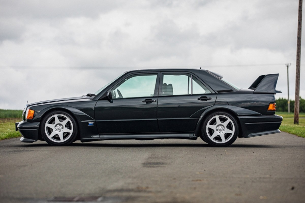 subasta mercedes 190e 2.5-16 evolution II lateral